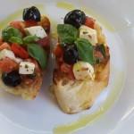 Brusketa sa paradajzom i mocarelom