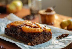 Mirisni jesenji kolac sa kruskama