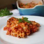 Pečena pasta sa tunjevinom u paradajz sosu