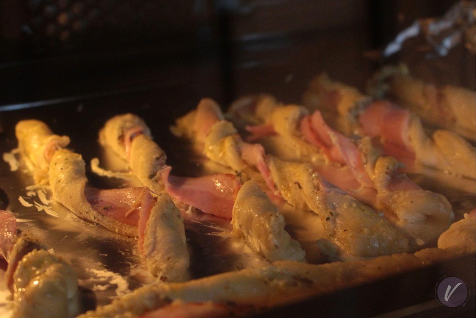 Recept za hrskave stapice sa slaninom i kackavaljem