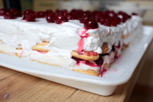 Recept za brzu, ukusnu i socnu tortu sa piskotama