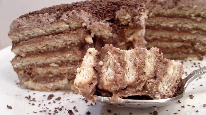Čokoladna keks torta